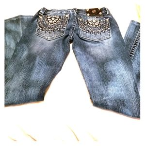 Junior's Miss Me jeans